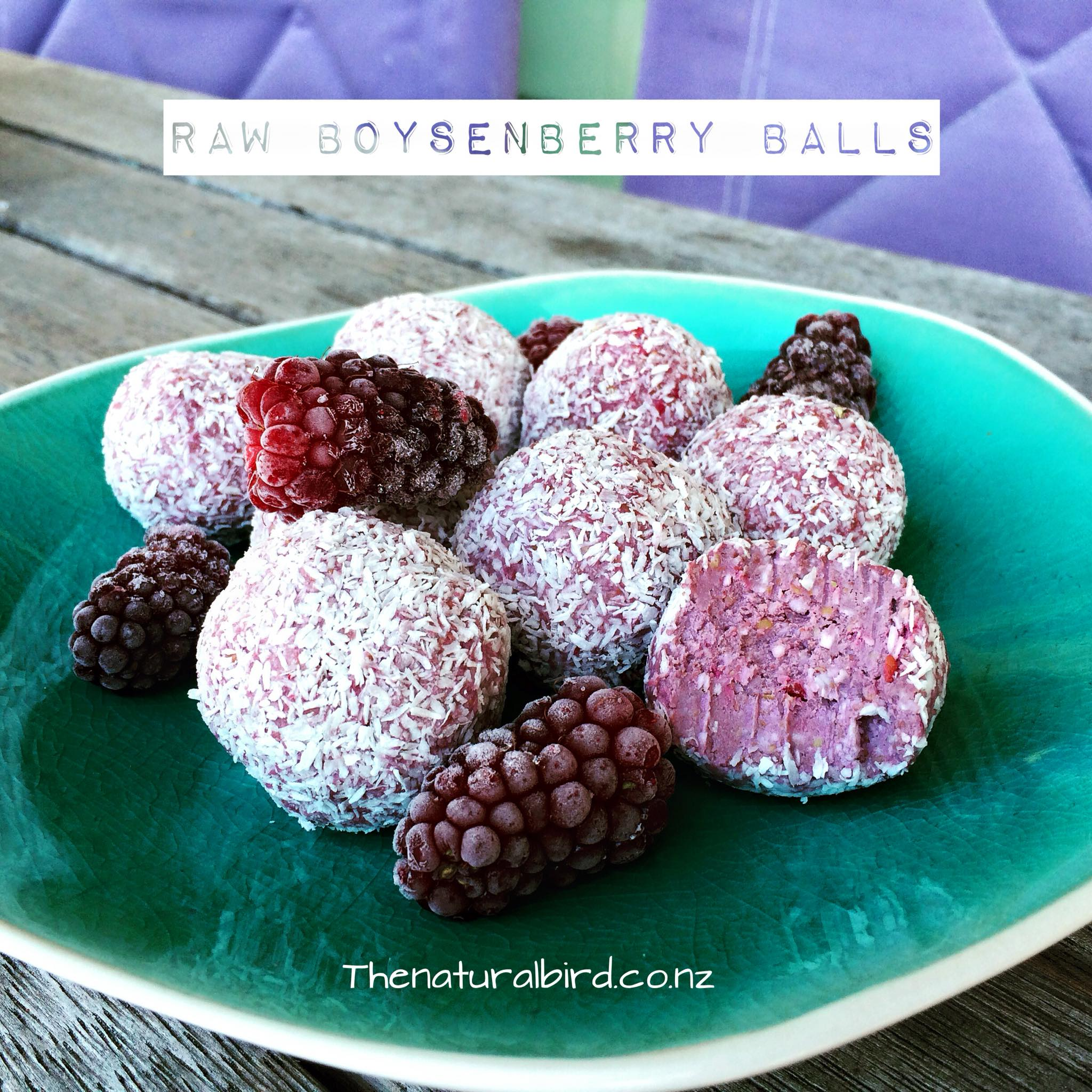 RAW boysenberry balls – recipe