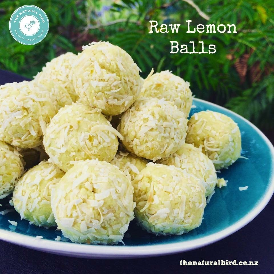 Zingy raw lemon bliss balls